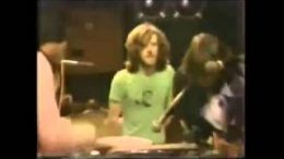 Crosby-Stills-Nash-Young-Carry-on